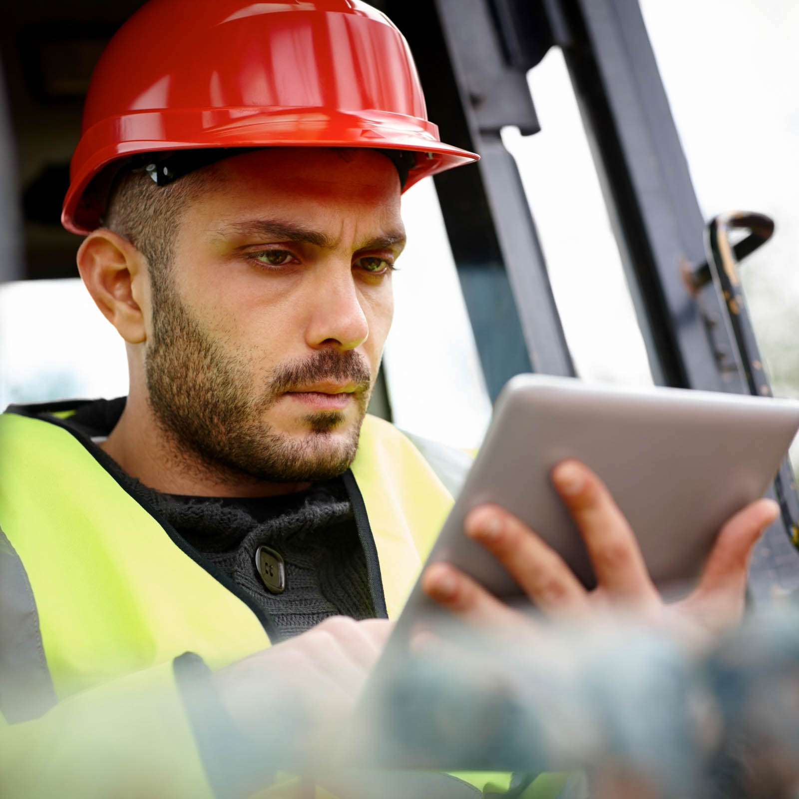 construction-worker-using-table-on-site